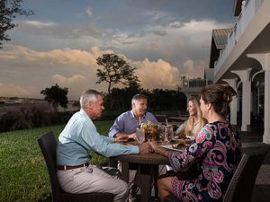 Outdoor dining at Harbour Ridge Clubhouse