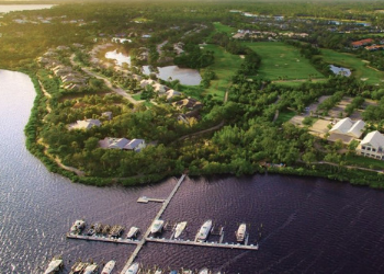 5 Reasons To Drop Everything and Move Here in Florida Harbour Ridge style=